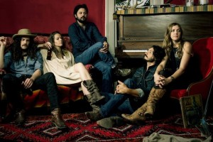 "American Songwriter premieres ""Alright"" by Fairbanks and the Lonesome Light"